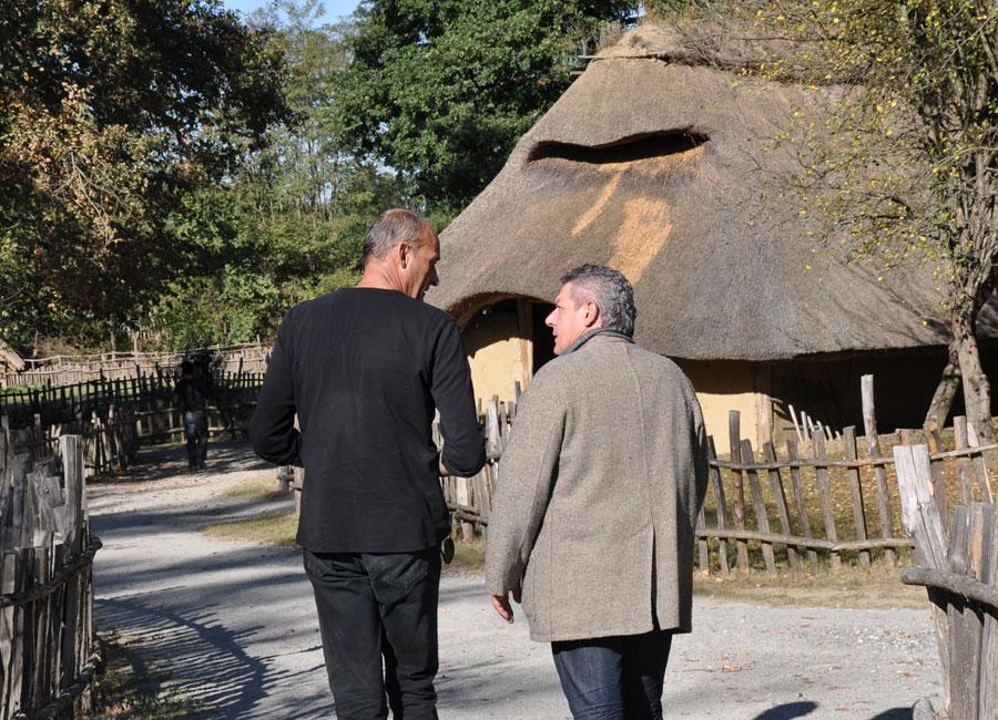 Jean-Luc Blanchard et Didier Hilar discutent du vieillissement des maisons