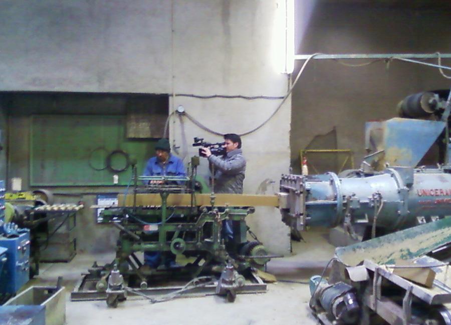 Production de briques en terre crue à la briqueterie Barthe